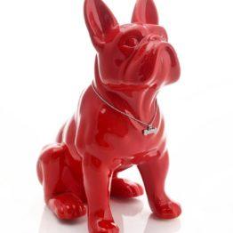 bouledogue assis rouge